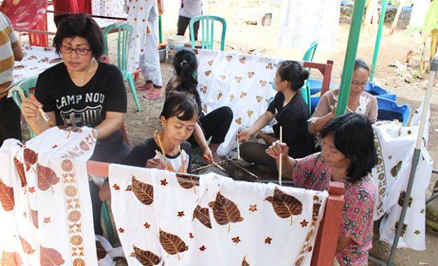 Menghidupkan Kembali Rumah Batik