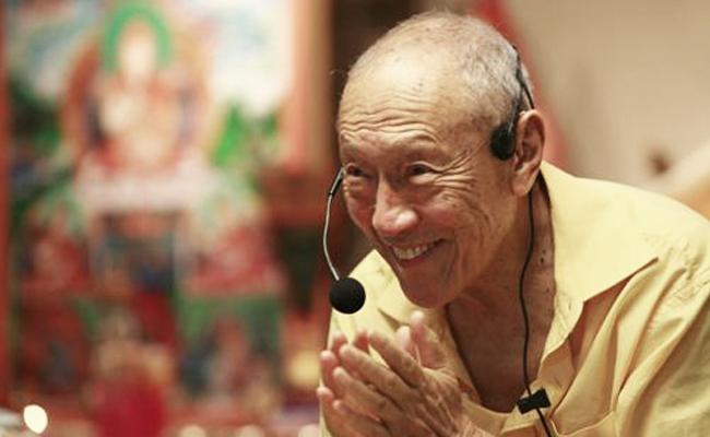 Membaca Pesan Dagpo Rinpoche