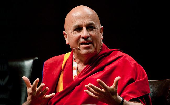 Riset: Bhiksu Ini Orang Paling Bahagia di Dunia