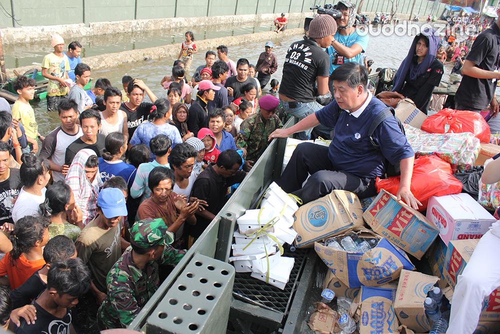 Bantuan Tzu Chi untuk Korban Banjir Jakarta