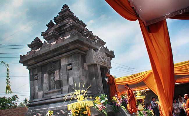 Peresmian Candi Nyanasamvara Sangharaja di Komplek Vihara Mendut