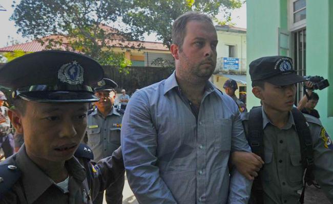 Pengusaha Bar di Myanmar Dipenjara Karena Iklan Melecehkan Buddha