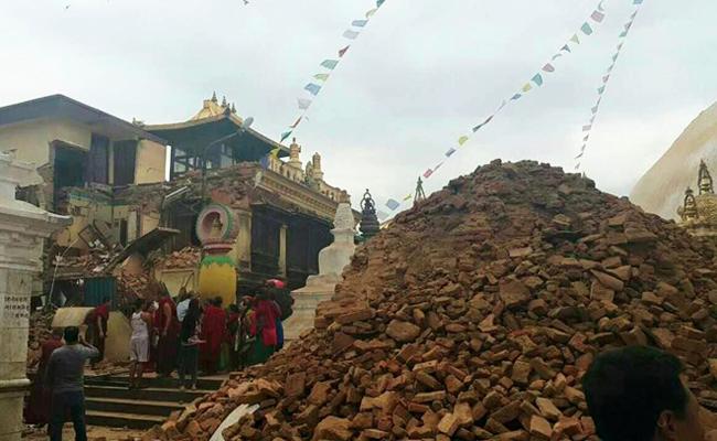 Gempa 7,9 Skala Richter Guncang Nepal