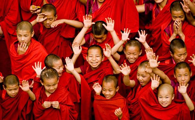 Bhutan, Antara Kebahagiaan dan Kematian