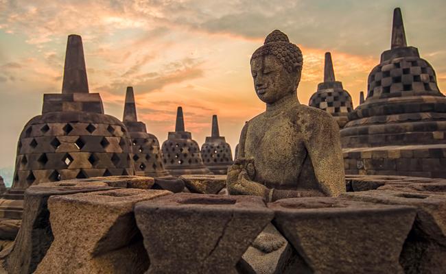 Umat Buddha Indonesia Tak Bangga dengan ke-Indonesia-annya?