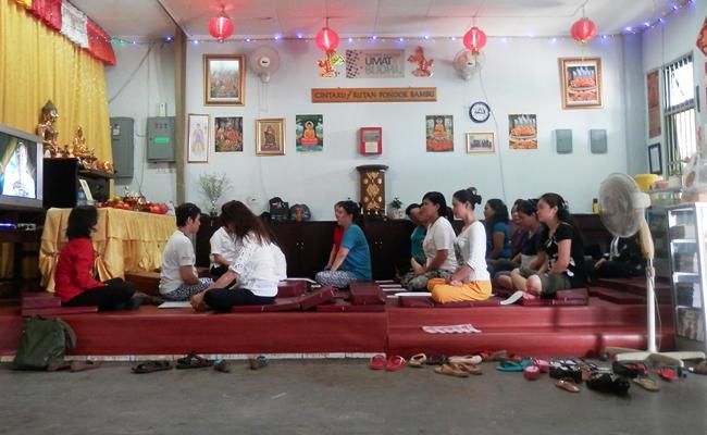 Napi Rutan Pondok Bambu Belajar Meditasi