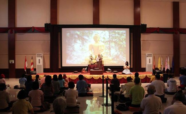 Retret Meditasi Chan Adalah untuk Melihat Diri Sendiri