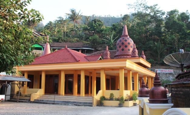 Vihara Giri Santi Loka (Bagian 1): Vihara Paling Maju di Jepara