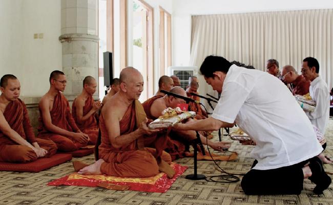 Bhikkhu Sri Pannyavaro: Tujuan Berdana Bukan untuk Mendapatkan Pahala