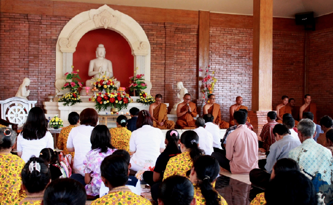 Umat Buddha Kabupaten Semarang Adakan Kathina dan Sangha Dana
