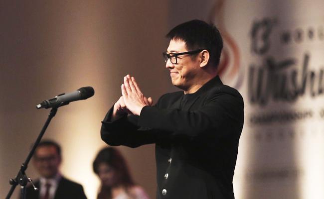 Jet Li Manfaatkan Popularitasnya untuk Sebarkan Ajaran Buddha