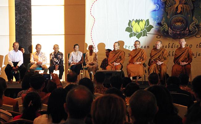 Bersuka Cita atas Pengabdian 20 Tahun Pancabhikkhu dan 10 Tahun Ekabhikkhu