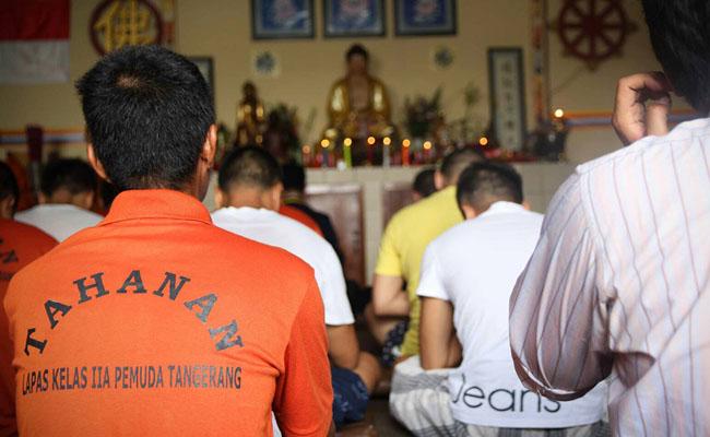 Warga Lembaga Pemasyarakatan (Lapas) Pemuda Tangerang pun Ikut Merayakan Waisak