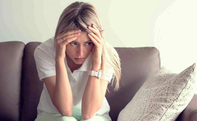 Kamu Merasa Sedih dan Khawatir? Begini Cara Mengatasinya Menurut Buddhis