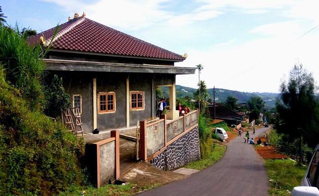 Berkunjung ke Desa Buddhis di Pegunungan, Kali Ini ke Desa Cemara