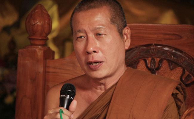 Bhikkhu Uttamo: Manfaatkan Media Sosial Untuk Menyebarkan Ajaran Buddha Seluas-luasnya