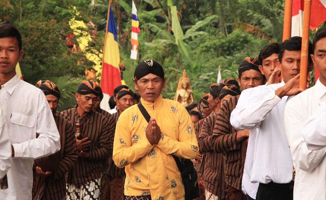 Umat Buddha Semarang Resmikan Vihara Baru Sekaligus Sangha Dana