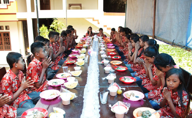 Untuk Membangun Umat Buddha di Pedesaan Tidak Harus Tinggal di Desa