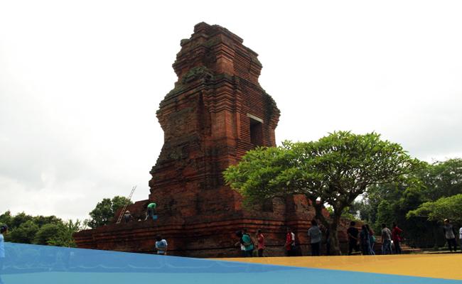 Candi Brahu, Jejak Harumnya Agama Buddha di Bumi Jawa