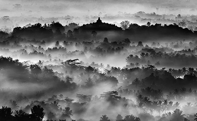 Ajnagarbha, Biksu Jawa Arsitek Mandala Agung Borobudur