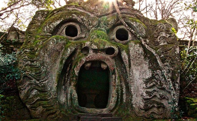 Jangan Ciptakan Monster di Rumah Anda