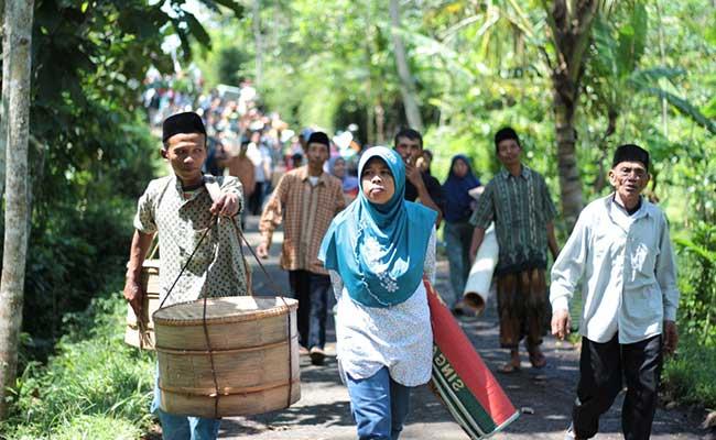 Sadranan Upacara Ratusan Tahun yang Ada di Jawa