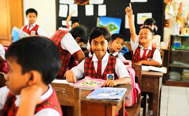 Sekolah Manusia: Sekolah yang Memanusiakan