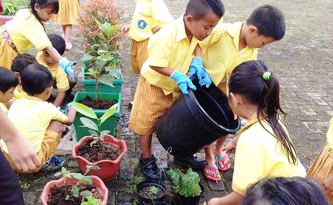 Menyelenggarakan Pendidikan di Pedesaan