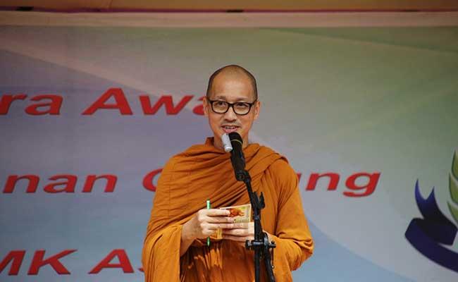 Bhante Thitayanno Optimis Membangun Pendidikan Buddhis Singkawang