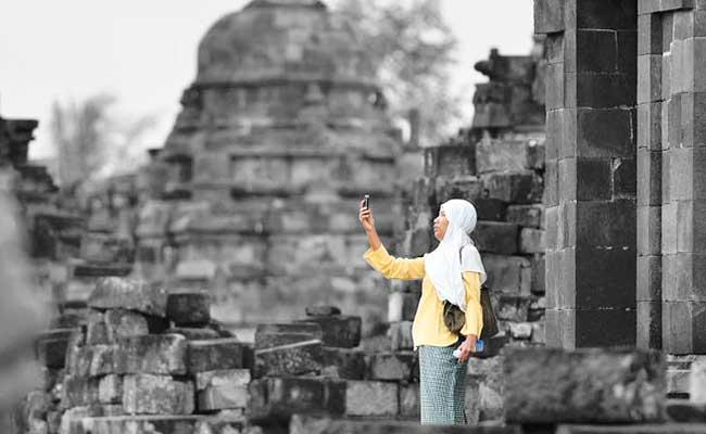 Kemana Sikap Damai Umat Buddha?