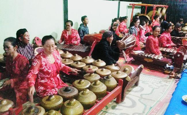 Atthami Puja, Perayaan Satu Minggu Waisak
