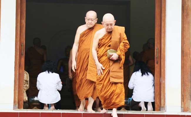 Bhante Sri Pannyavaro: Ikut Latihan Pabajja Tidak Usah Banyak Angan-angan