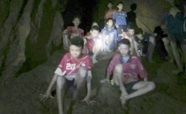 Tim Sepakbola Remaja di Thailand yang Terjebak di Goa Diajarkan Meditasi untuk Bertahan Hidup