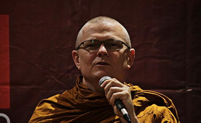 Bhante Sujato: Meditasi dan Kesadaran Lingkungan