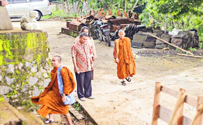 Fhangshen Pemberi Semangat Siswa Buddhis