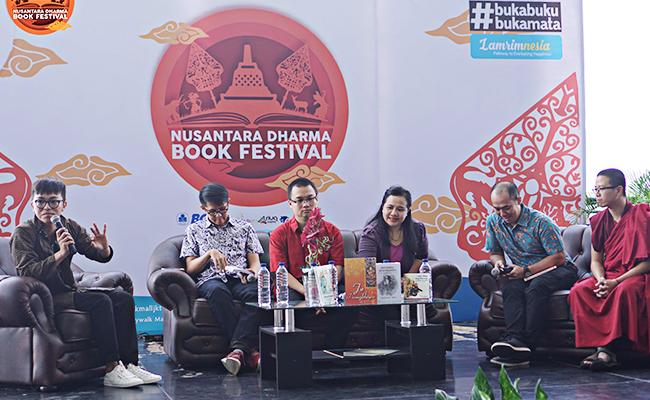 12 Aktivitas Sang Begawan: Riwayat Buddha Berdasarkan Lalitawistara dan Winayaksudraka