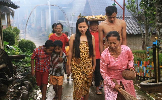 Mitoni, Upacara Tujuh Bulanan Kehamilan Buddhis