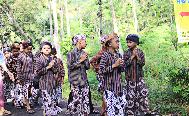 Rasa Syukur Masyarakat Buddha Jawa Diwujudkan dengan Menghargai Air