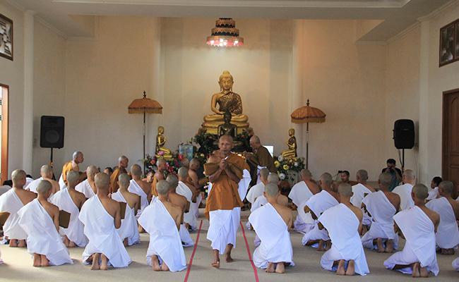 Melihat Latihan Kehidupan Samana di Vihara Dharma Surya Temanggung