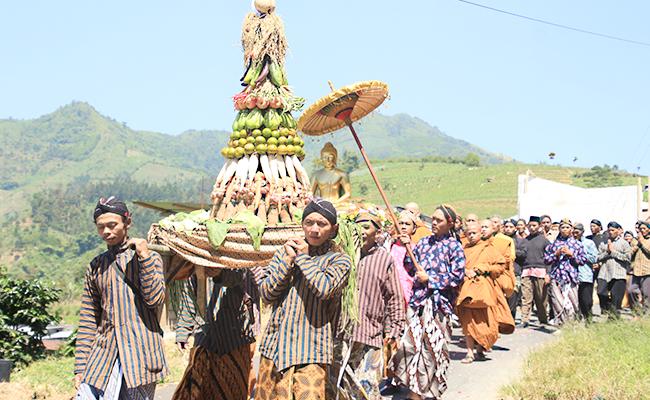 Perayaan Waisak Desa Cemara, Wonoboyo, Jawa tengah