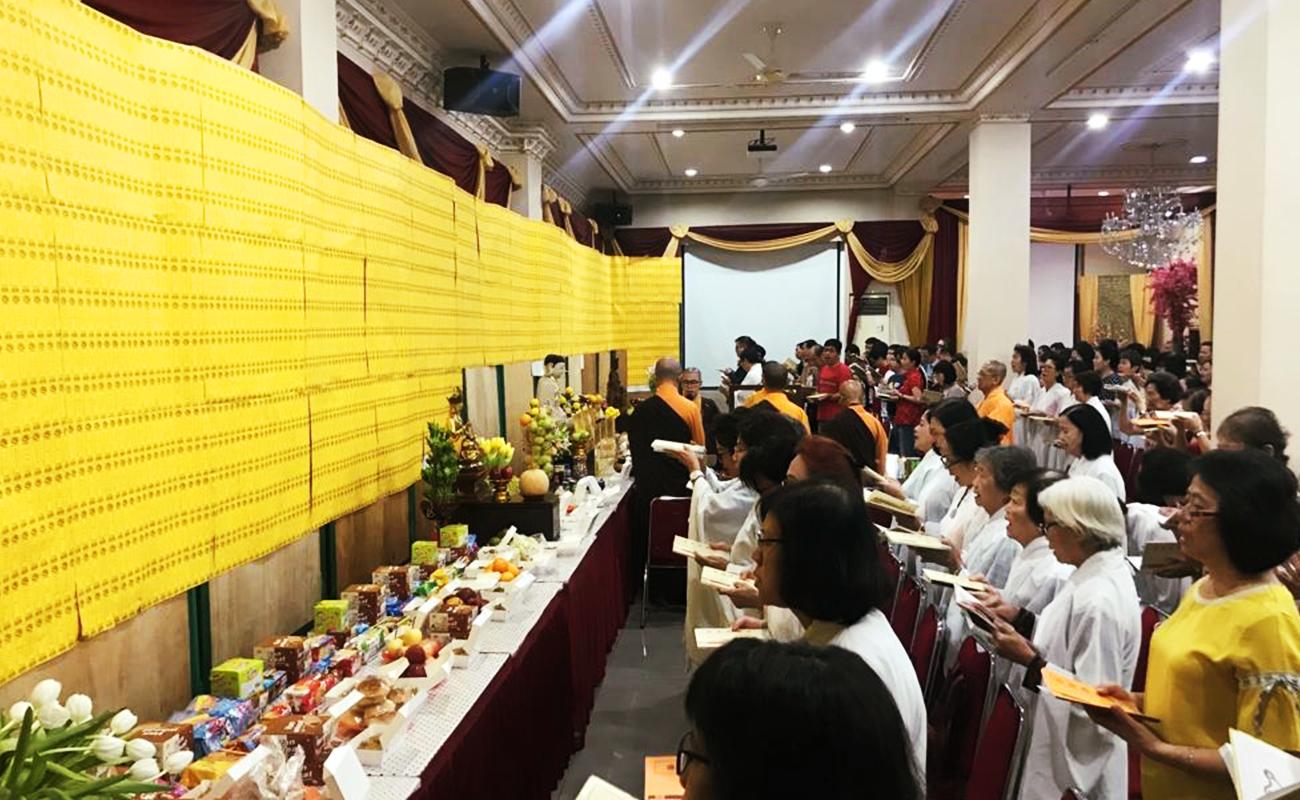 Kebaktian Pembacaan Sutra Kstigarbha di Wihara Ekayana Arama