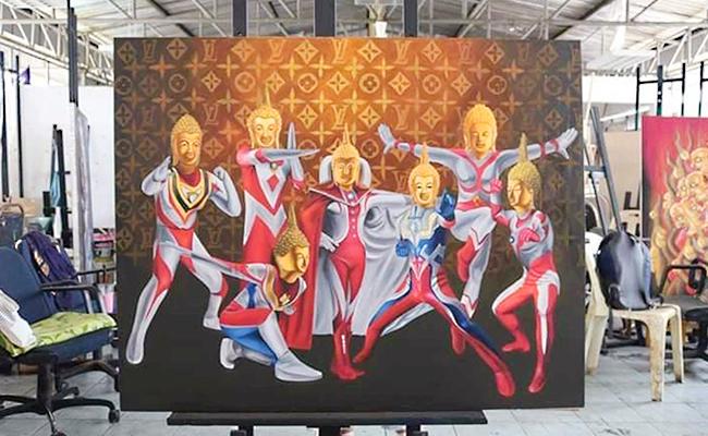 Lukisan Buddha Gaya Ultraman di Thailand Jadi Kontroversi