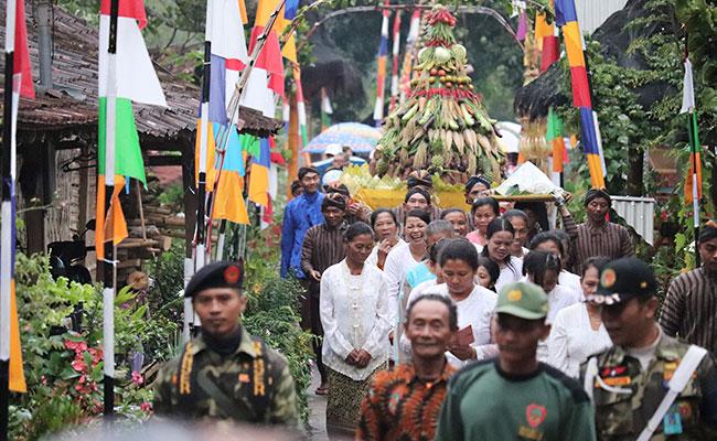 Diiringi Suara Kentongan yang Bertalu, Bupati Temanggung Buka Festival Dusun Krecek