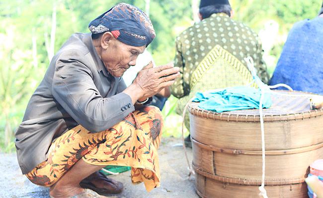 Corona Menghantui Tradisi Nyadran Dusun Kandangan