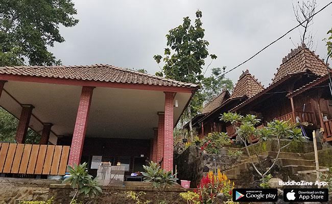 Melihat Giri Sasono Samadhi, Lereng Gunung Merbabu