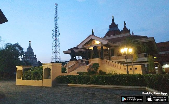 Vihara Dhamma Sundara ini lho, di Kota Solo!
