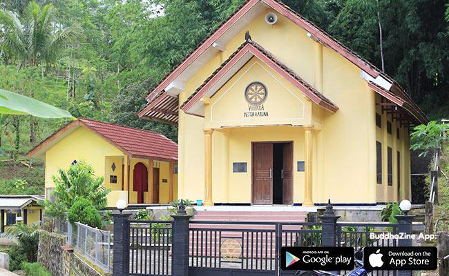 Menengok Umat Buddha Dusun Kandangan