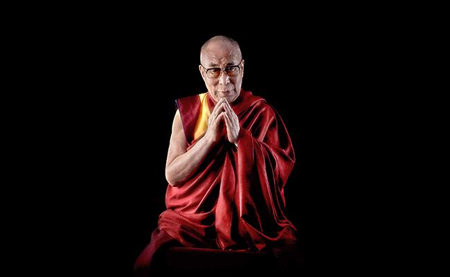 Dalai Lama: Doa Saja Tidak Cukup