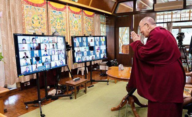 Pesan Penting Dalai Lama Kepada Pemuda