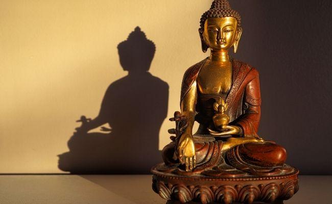 Lebih Sering Bersama Buddha dan Dharma